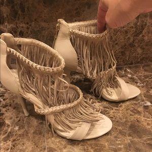 """Zigi Soho """"Deedra""""  heel sandals.. nude size 10"""